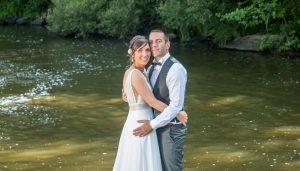 aprés mariage shooting photo bord de l'eau