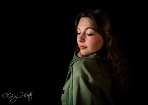 photo studio femme fond noir cgregphoto