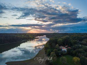 vue du ciel bleu drone cgregphoto l aiguillon sur vie